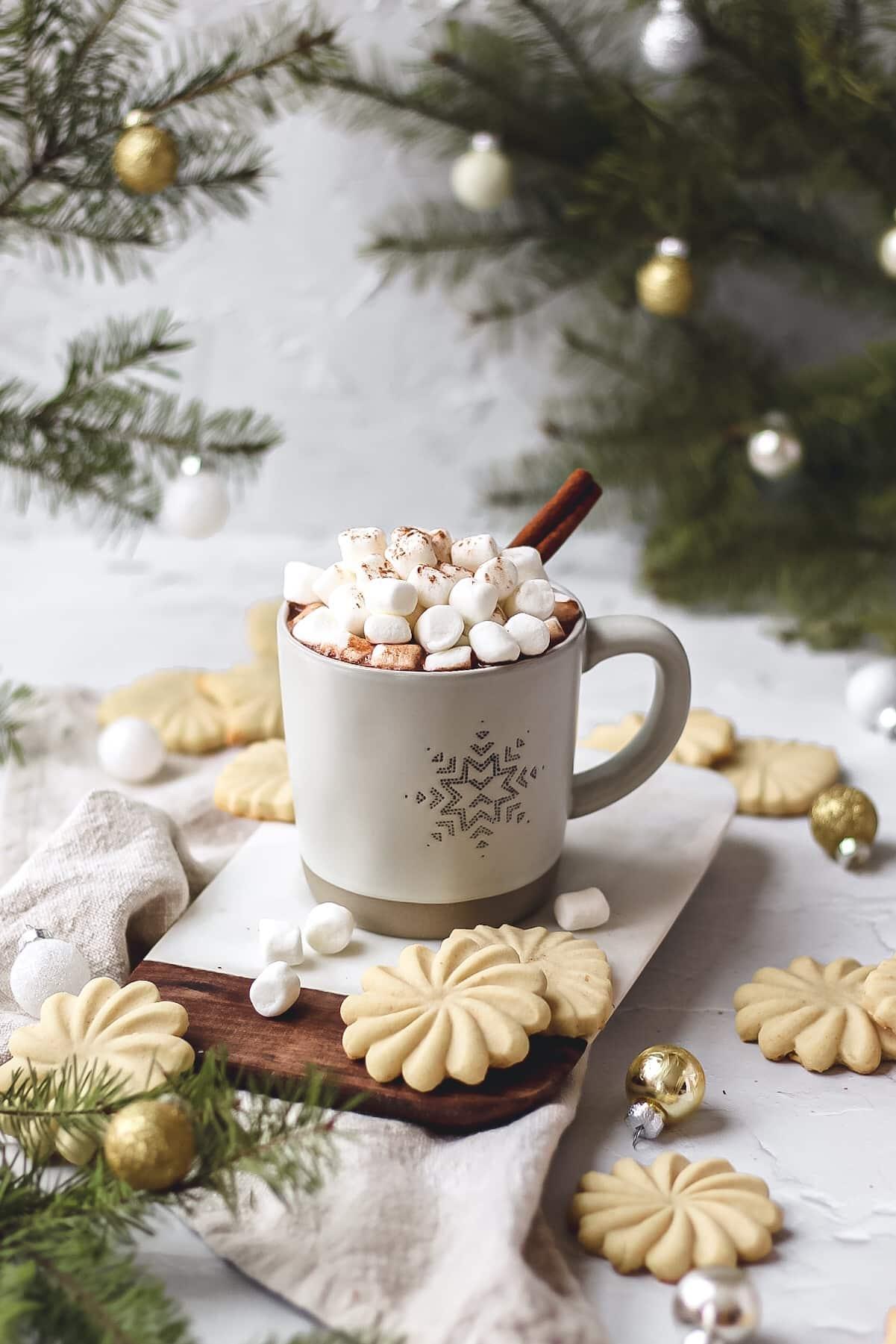 homemade cinnamon hot chocolate